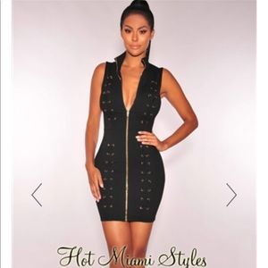 Black Lace Up Gold Zipper Sleeveless Dress